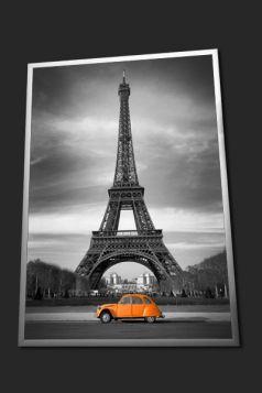 Paryż, Wieża Eiffla, pomarańczowy Citroen 2CV