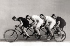 Kartka pocztowa – rowerzyści
