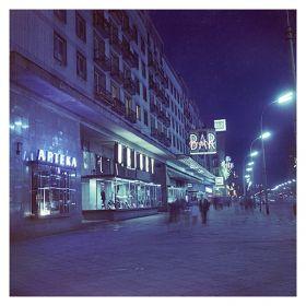 Kartka pocztowa – Warszawskie neony