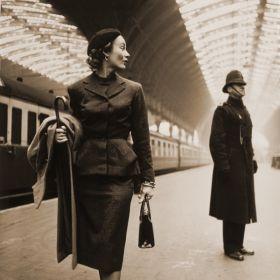 Magnes - Victoria Station, London