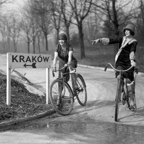Magnes - Dziewczyny na rowerach