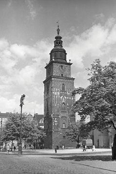 Magnes - Wieża ratuszowa