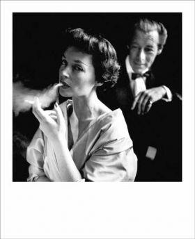 Kartka Polaroid - Dama z papierosem
