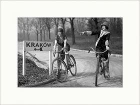 Dziewczyny na Rowerach - zdjęcie w passe-partout