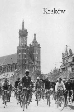 Kartka pocztowa – Rowerzyści na Rynku