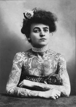 Maud Wagner - Tatuażystka