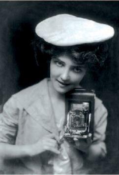 Kartka pocztowa – Kodak Girl