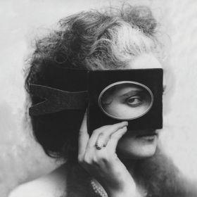 Plakat -  Oko - Virginia Oldoini