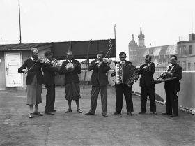 Orkiestra na dachu Pałacu Prasy