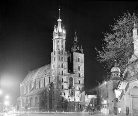 Kościół Mariacki nocą - plakat