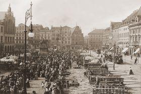 Wrocław - zachodnia pierzeja, widok w kierunku Placu Solnego