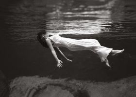 Pływająca - plakat