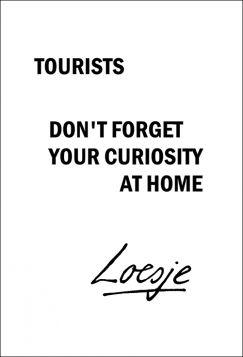 Kartka pocztowa – Tourists, Loesje
