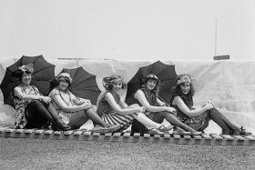 Bathing Beach, Washington 1921